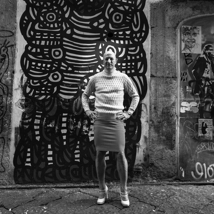 Mark Bryan photographed in black and white by Italian artist Barbara di Maio.